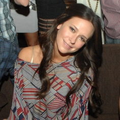 jennifer love hewitt gets over break up in las vegas Jennifer Love Hewitt Gets Over Break Up In Las Vegas
