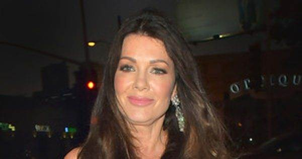 "Lisa Vanderpump on Lady Gaga and Taylor Kinney: ""You Never Know What's Going to Trans…"