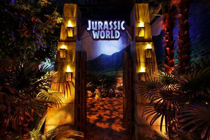 Here's How to Take a Dinosaur-Filled Trip Through a Replica 'Jurassic