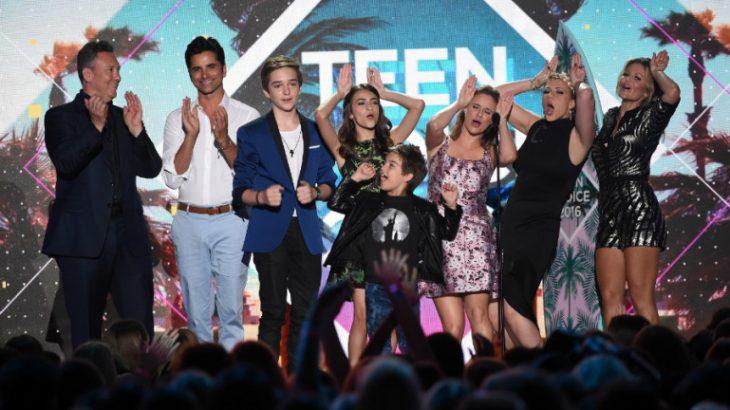 teen-choice-awards-2016-fuller-house.jpgw769