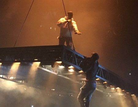 rs_600x600-160913080544-600.Kanye-West-Stage-Kf.91316.jpg