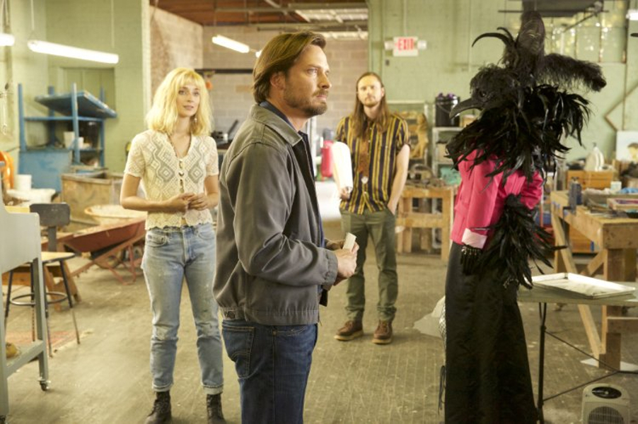 Caitlin Fitzgerald, Aden Young, Joshua Mikel and a mysterious bird wearing a dress, in Rectify