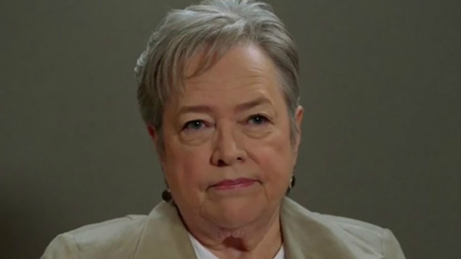 ahs roanoke chapter 6 kathy bates agnes As American Horror Story fans, were all a little bit Agnes