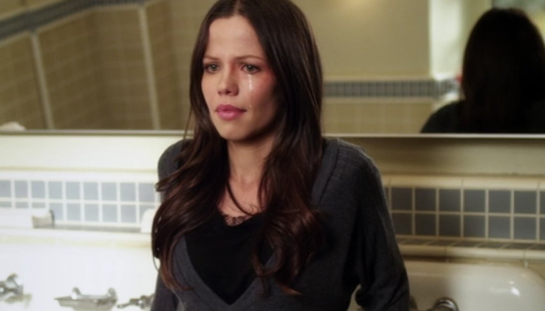 pretty little liars someone to watch over me tammin sursok PLL ReWatch: Is Ian actually Someone to Watch Over Spencer?