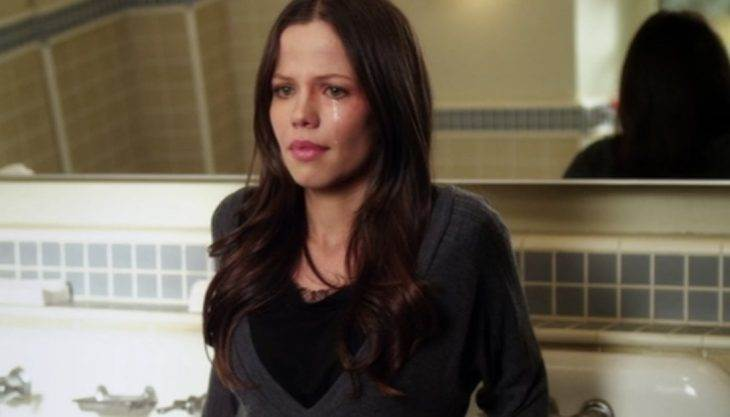 pretty-little-liars-someone-to-watch-over-me-tammin-sursok.jpg