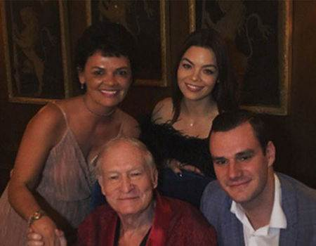 Hugh Hefner Returns to Twitter by Sharing Family Photo From His Thanksgiving
