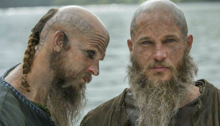 'Vikings' creator explains Ragnar's mysterious disappearance