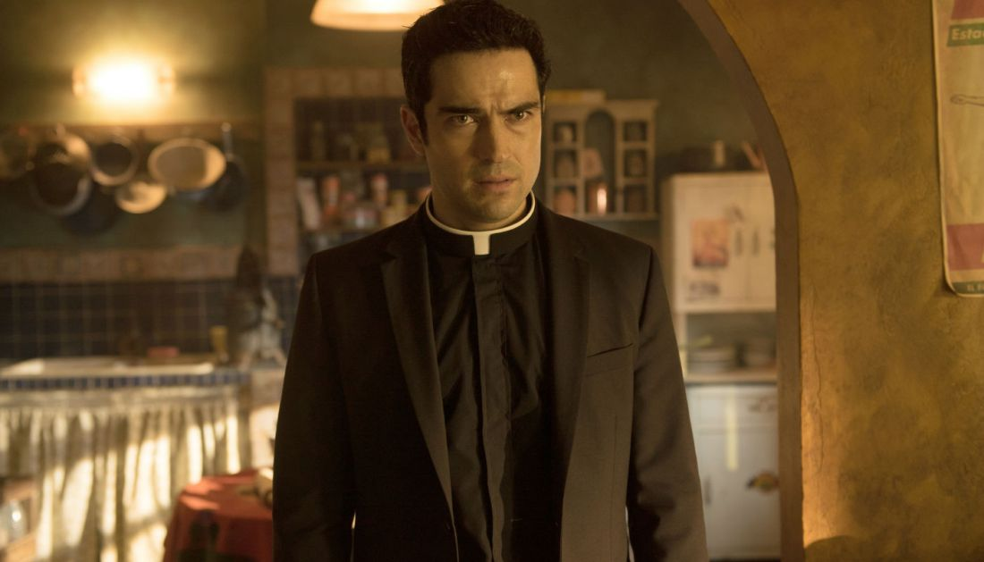 the exorcist alfonso herrera father tomas 110 Exorcist actor Ben Daniels on that scorching finale & what comes next