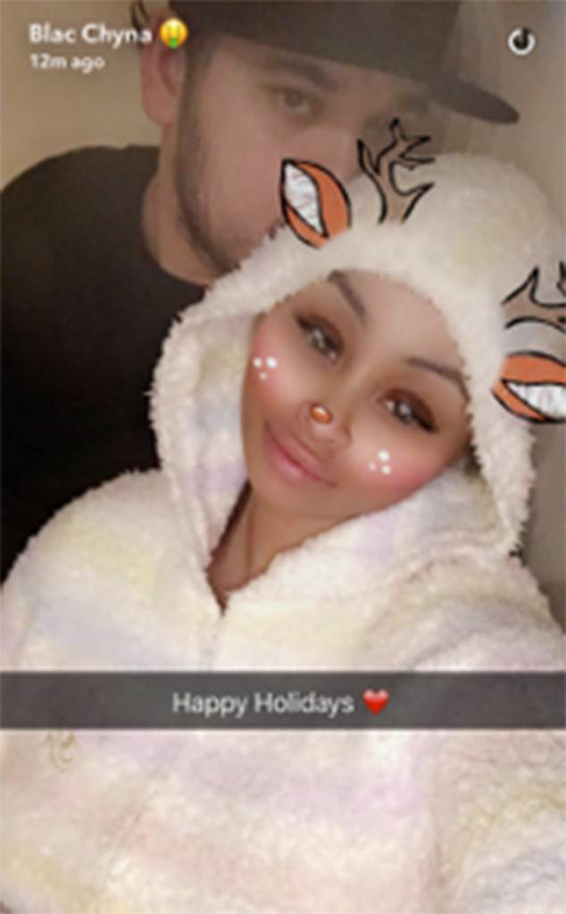 Blac Chyna and Rob Kardashian Cozy Up in the Holiday Spirit Following Their