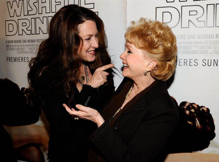 "Joely Fisher Speaks Out Following Debbie Reynolds' Death: ""I Am"
