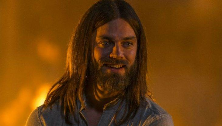 'The Walking Dead's' Tom Payne teases Jesus' midseason finale plans