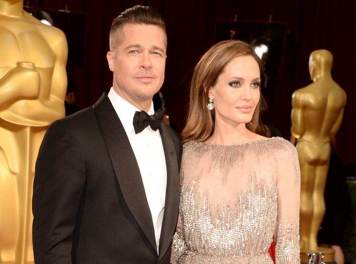 "Brad Pitt and Angelina Jolie Put on a ""United Front"" Amid Divorce"