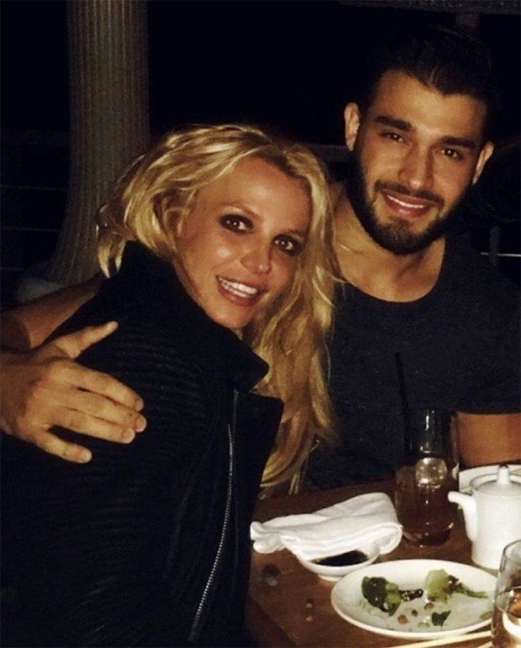 Britney Spears Rings in the New Year With Rumored Boyfriend Sam Asghari