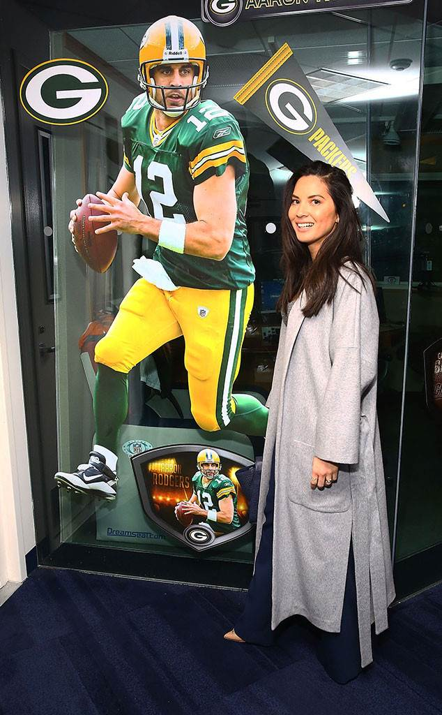 Olivia Munn Thanks Green Bay Packers Fans for Supporting Aaron Rodgers'