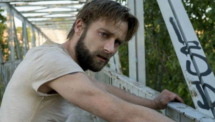 'Outsiders' cast reacts to Season 2 premiereshocker