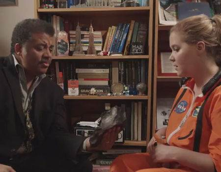 Amy Schumer Befriends Astrophysicist Neil deGrasse Tyson and It's as