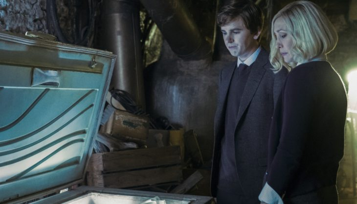 Mother takes the wheel in 'Bates Motel' Season 5 premiere