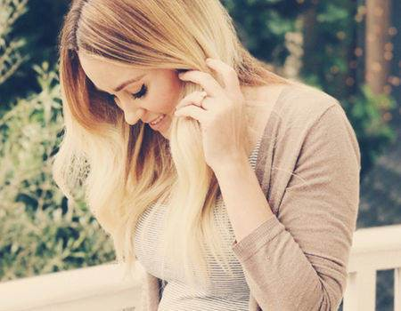 Mama-to-Be Lauren Conrad Says She Hasn't Been Able to Zip Her Pants in