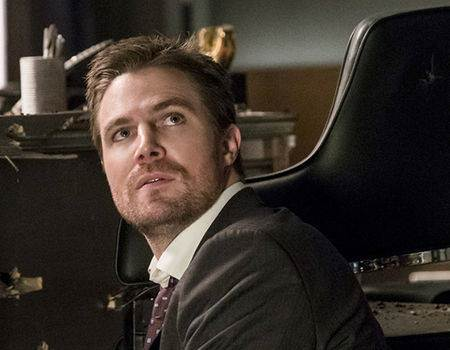 The Biggest Surprise of Arrow's Gun Debate Episode Was Mayor Oliver Queen