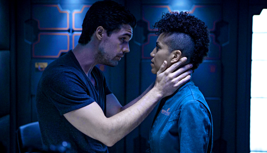 steven strait dominique tipper holden naomi nagata expanse syfy When the alien threats over, do we go back to hating each other? Expanse goes post apocalyptic