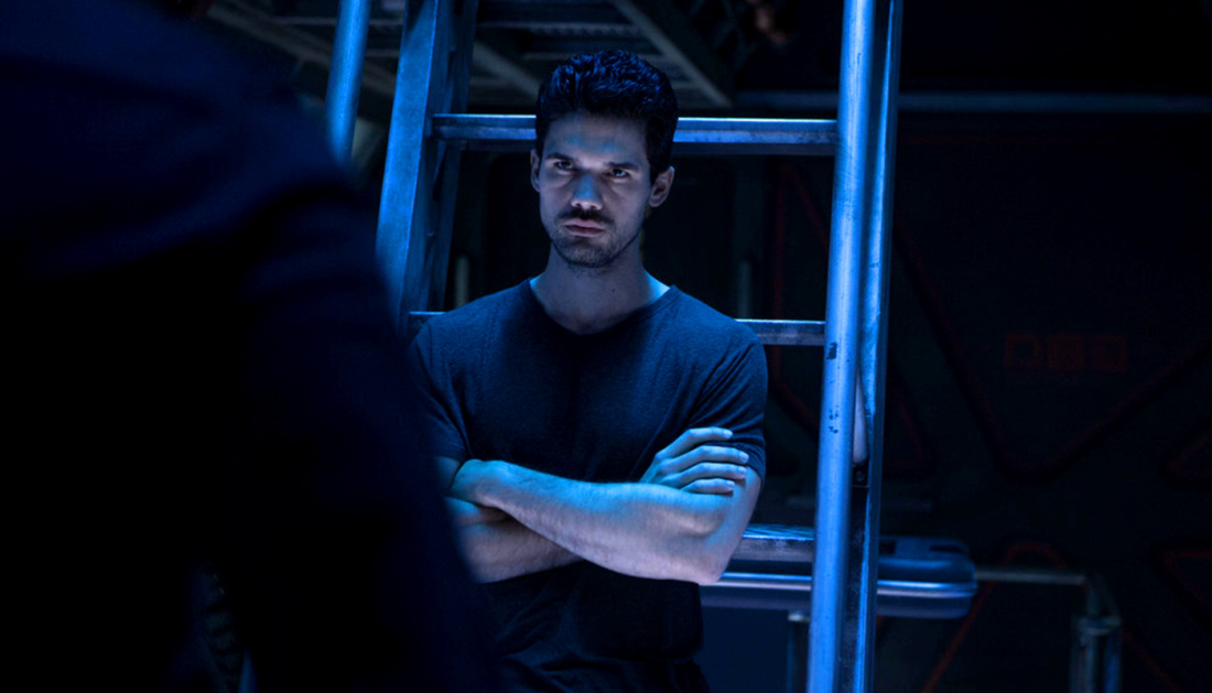 steven strait holden expanse syfy When the alien threats over, do we go back to hating each other? Expanse goes post apocalyptic