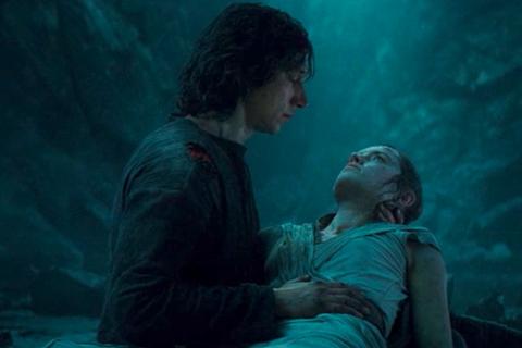 ben solo force heals rey in star wars the rise of skywalker