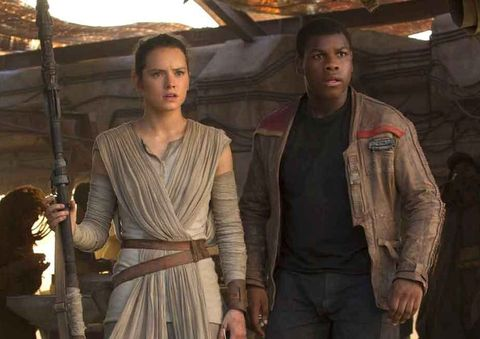 rey daisy ridley and finn john boyega in the force awakens